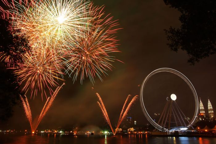 Awesome Fireworks from Around the World (53 pics)