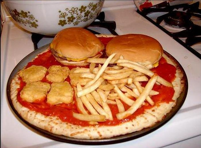 All-in-One Fast Food Pizza (6 pics)