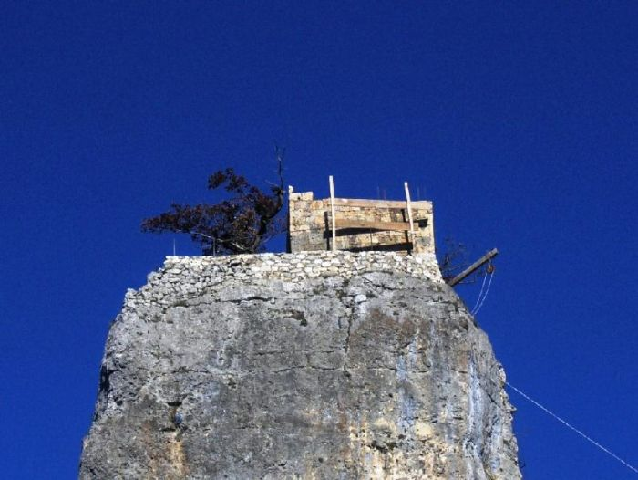 Churches Built on Rocks (12 pics)