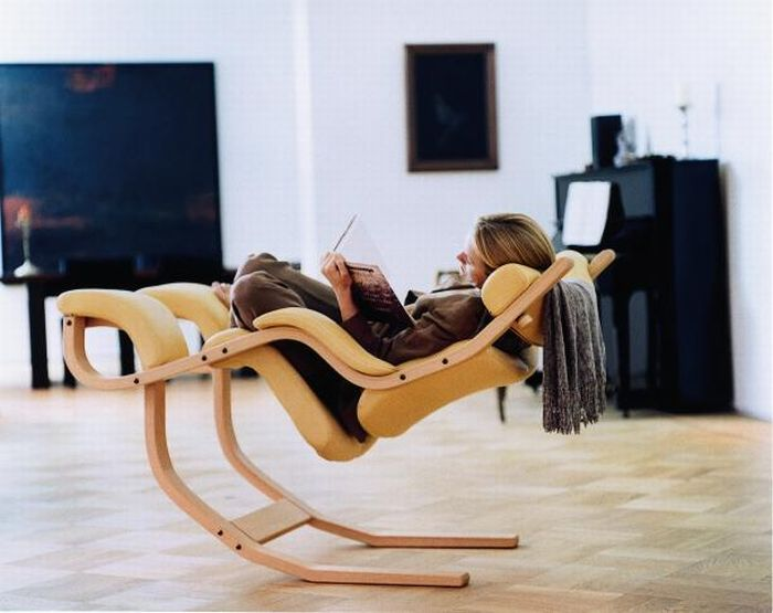 Gravity Reclining Chair (6 pics)