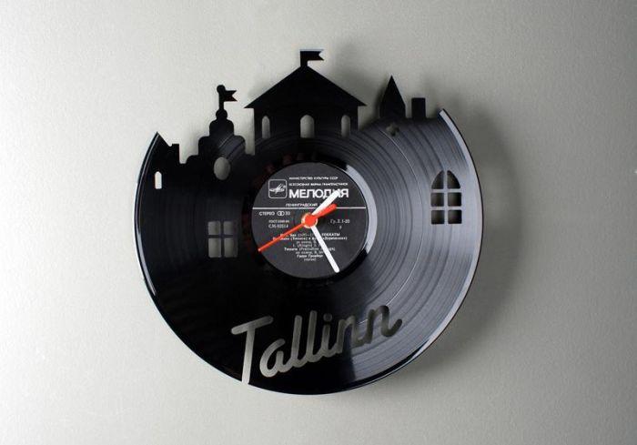 Clocks Made From Vinyl Records (17 pics)
