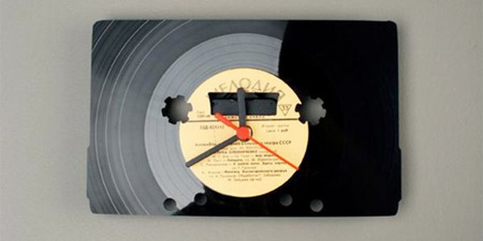 Clocks Made From Vinyl Records (17 pics)