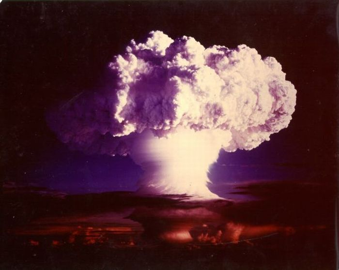 Nuclear Explosions (88 pics)