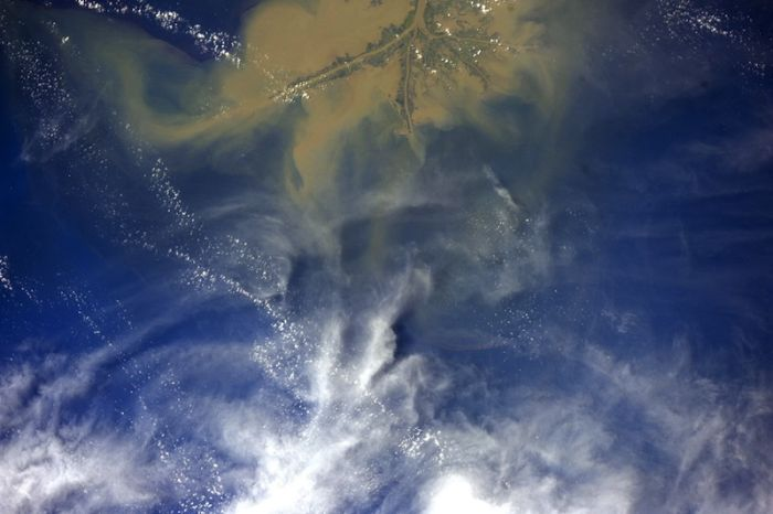 Photos Made by an Astronaut (159 pics)
