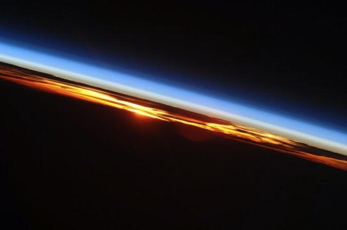 Photos Made by an Astronaut (159 pics)