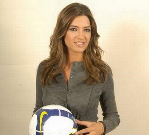 Sara Carbonero the Spain's Hottest Sport Reporter (24 pics)