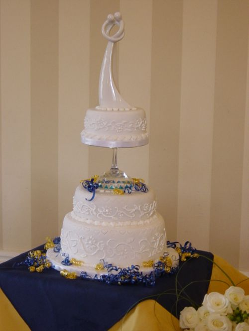 most amazing wedding cake in the world the most creative cake designs 51 pics 17540