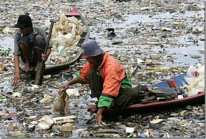 The Most Polluted Rivers in the World (22 pics)