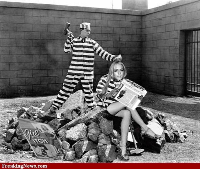 Lindsay Lohan in Jail (20 pics)