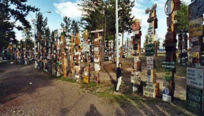 Sign Post Forrest of Watson Lake, Alaska (10 pics)