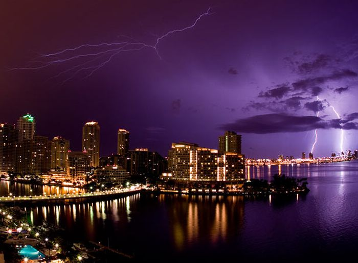 Lightning and Thunderstorms (30 pics)