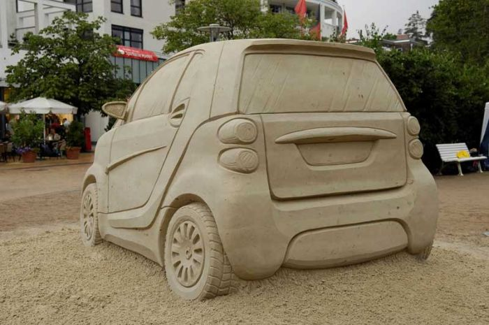 Smart Sand Sculpture (7 pics)