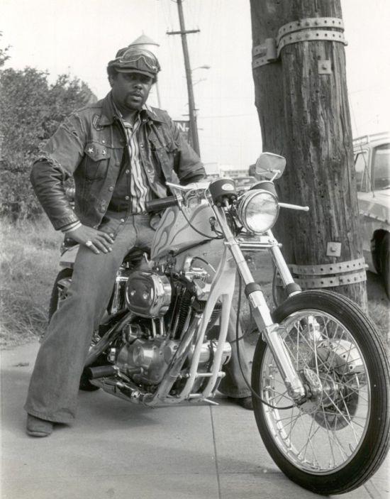 Black American Bikers (18 pics)