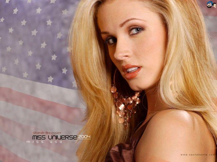 Last 20 Miss USA Titleholders (20 pics)