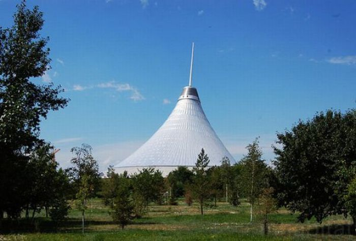The Biggest Tent in The World (21 pics)