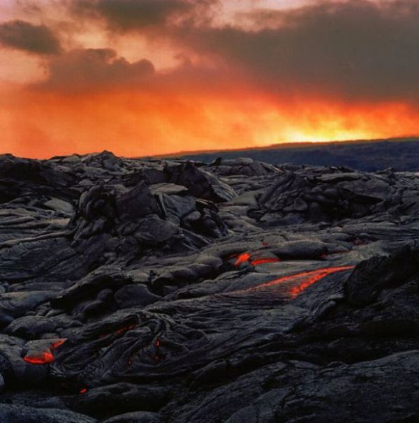 Kilauea. Volcano That Has Been Erupting For 27 Years (22 pics)