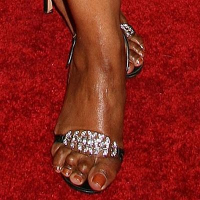 Famous Women With Bad Feet 37