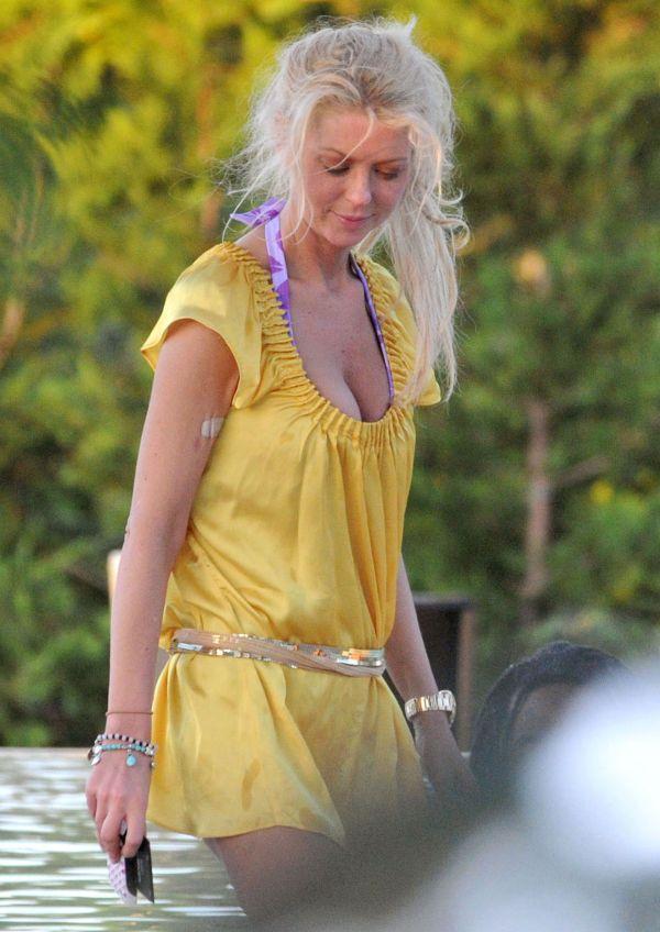 Tara reids breast are ugly
