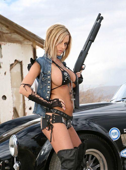 Girls and Cars. Fantasy vs Reality (14 pics)