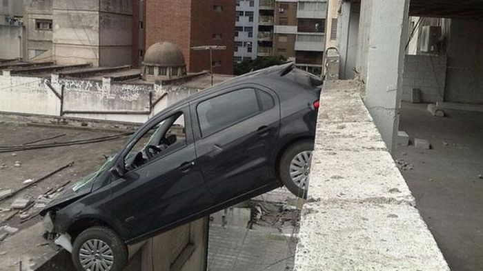 Lucky Driver (6 pics)