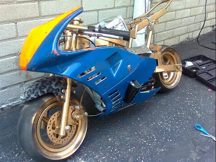 Beautiful PocketBike i7 Casemod (34 pics)