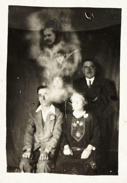 Retro Ghost Photos (22 pics)