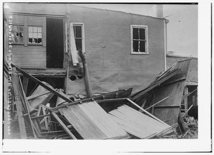 Retro News Photographs (83 pics)