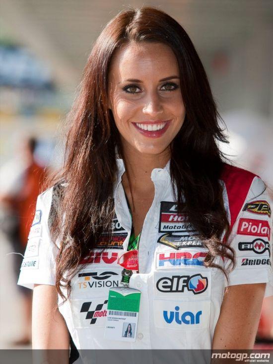 MotoGP 2010 Paddock Girls (66 pics)
