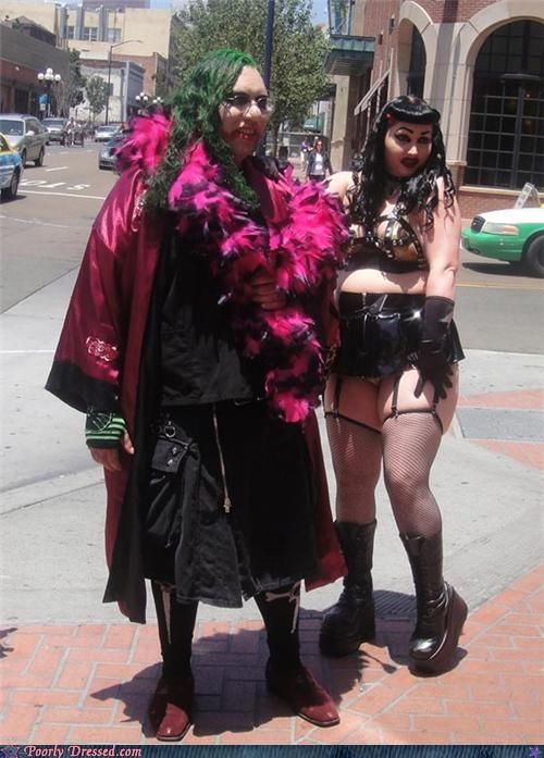 Strange Dressed People. Part 2 (75 pics)