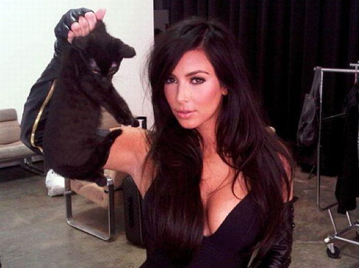 Celebrity Twitter Photos (57 pics)