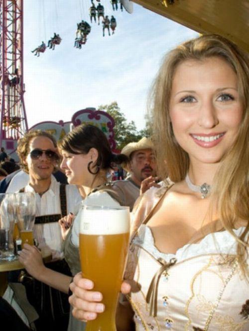 Hot Oktoberfest Lederhosen Babes 45 Pics-6656