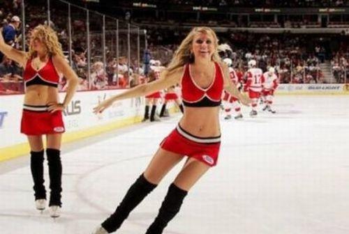 NHL Ice Girls (47 pics)