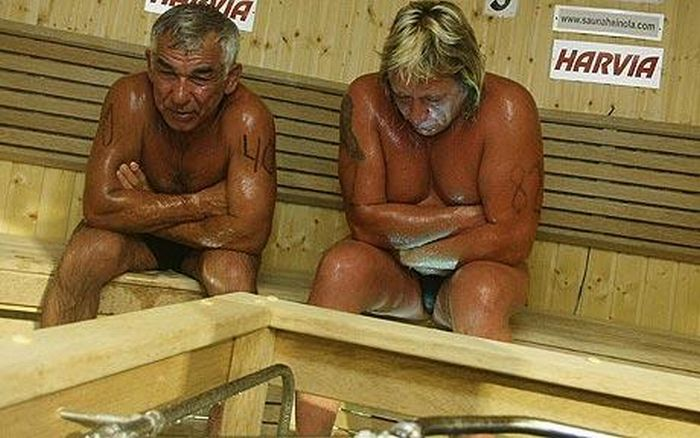 Why World Sauna Championships Suck (4 pics)