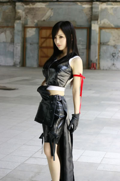 Best Costumes of Tifa Lockheart from Final Fantasy VII (40 pics)