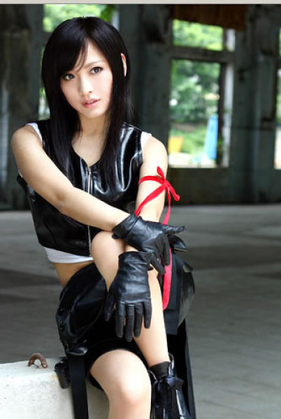 final fantasy cosplay Best_costumes_of_tifa_lockheart_24