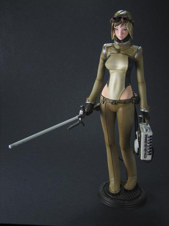Hot Female Anime Figures (33 pics)