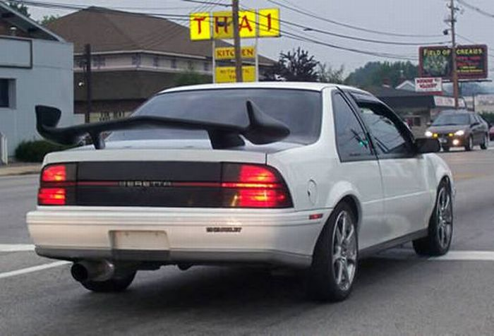Dumbest Car Spoilers (15 pics)