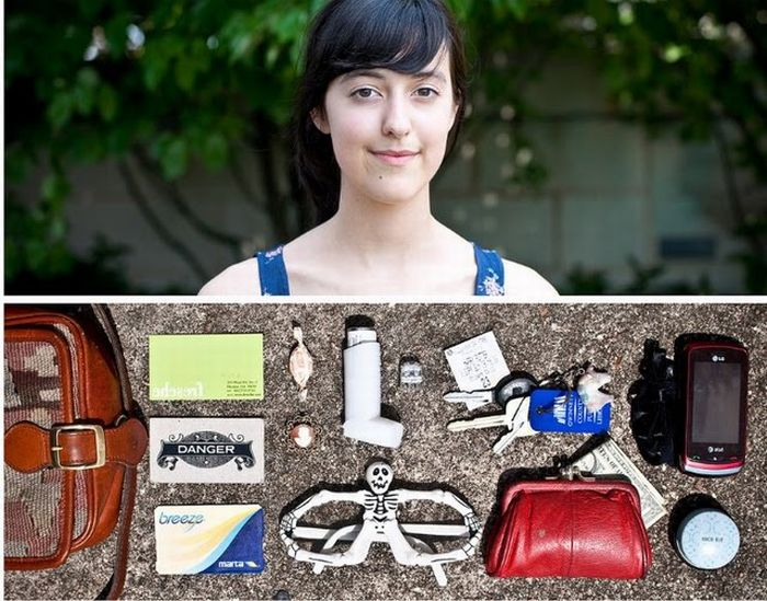 Things That People Carry (80 pics)