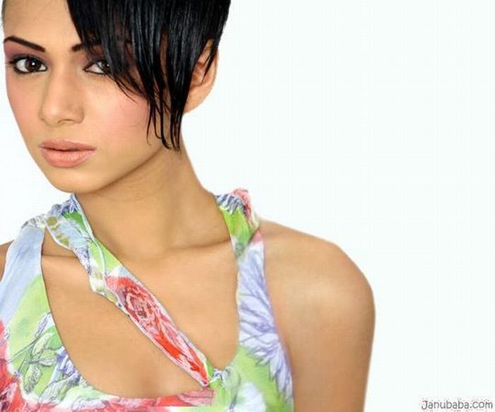 Cute Pakistani Models (23 pics)