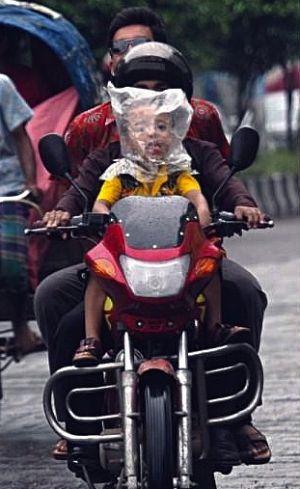 Terrible Parenting (20 pics)