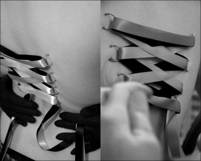 Corset Piercing (13 pics)