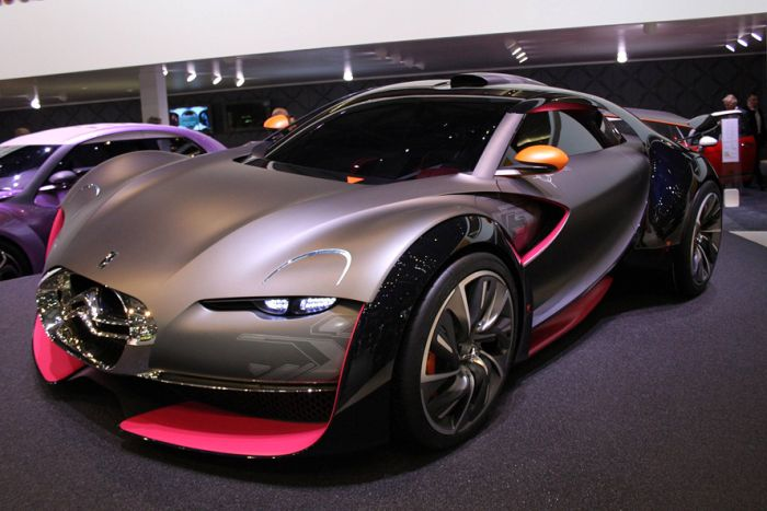 The Creation of Citroën Survolt Concept (13 pics)