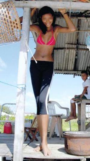 Elisany Silva, the Tallest Teen Girl in the World (7 pics + video)