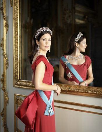 Modern Princesses of Europe (10 pics)