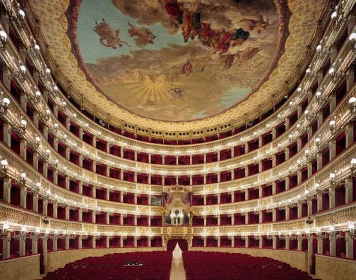 The Most Beautiful Opera Houses of the World (24 pics)