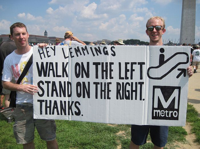The Best Anti-Glenn Beck Signs At The Glenn Beck Rally (20 pics)