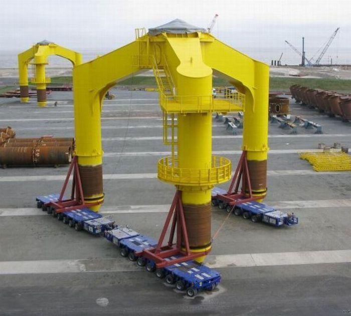 Impressive Ways to Transport Oversized Loads (20 pics)