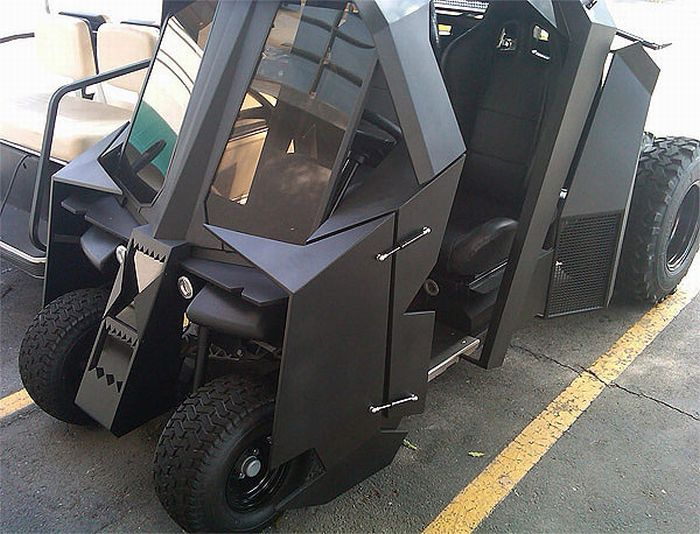 Pimped Out Golf Carts (21 pics)