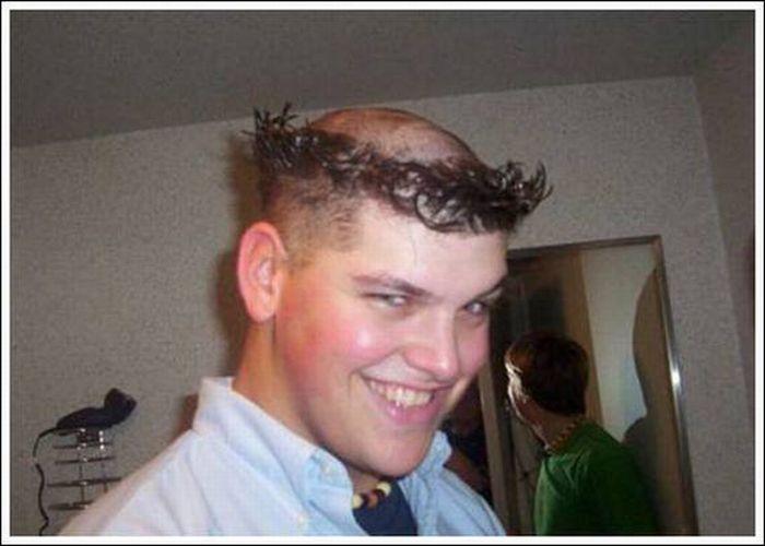 Odd Haircuts (17 pics)