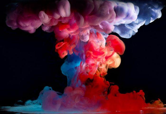 Aqua Artist and His Splash of Art (10 pics)